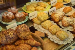 breakfastpastrytray