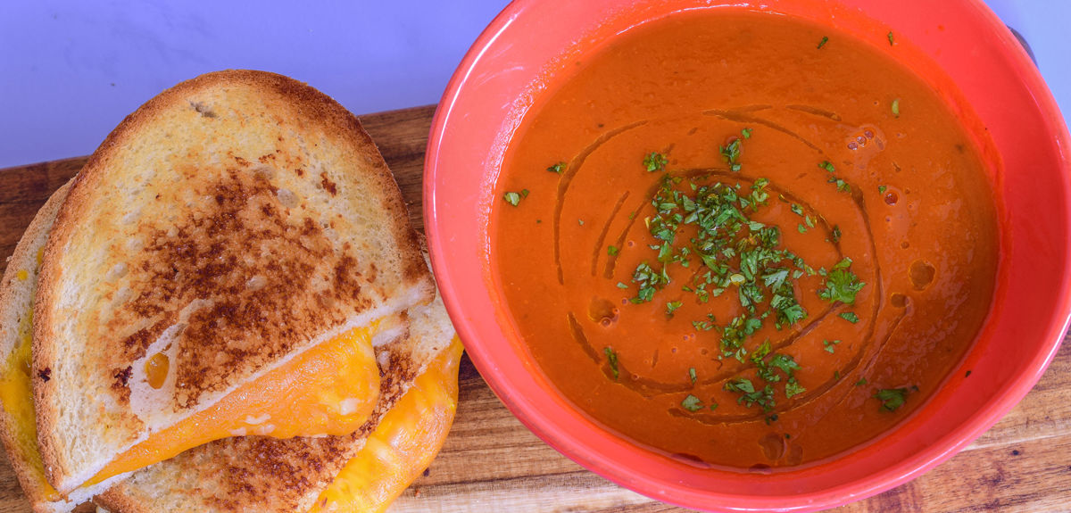 lunch-GrilledCheese_TomatoSoup.jpg