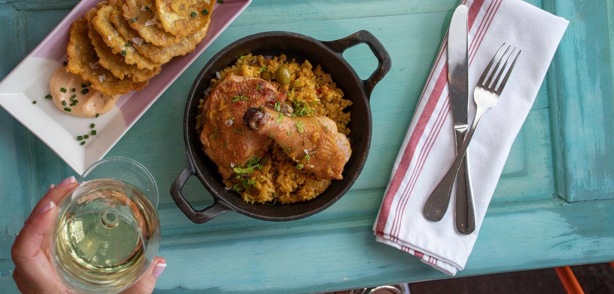 lunch-chickenandwine.jpg
